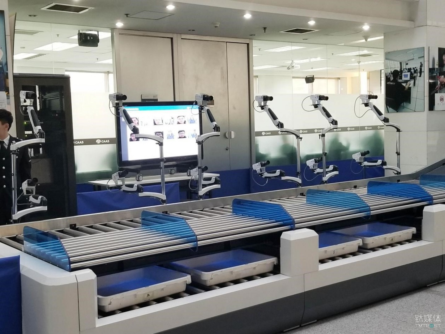 刷脸识别、行李自动分流 ,机场安检也有黑科技